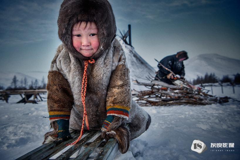 涅涅茨营地 The Nenets campsite 陈欣欣/XINXIN CHEN